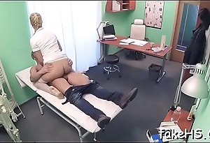Fixed cock permeates doctor'_s bawdy cleft