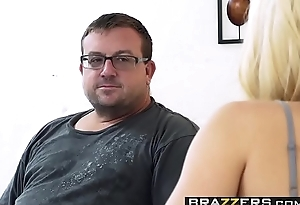 Brazzers - Pornstars Like clean out Big - (Staci Carr, Keiran Lee) - Rating Staci