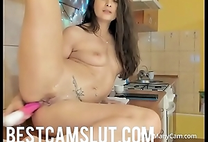 Sexy girl squirts in the kitchen - bestcamslut.com
