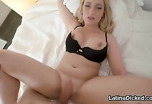 Curvy Latina gf fucks on leaked sex tape