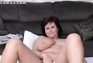 Busty Mature BBW Milf Toying And Fingering Her Pussy Cam2it.com