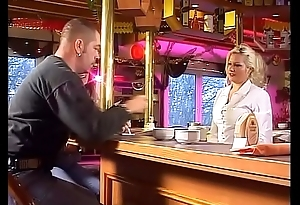 How to pick up and fuck a hot waitress in her own bar